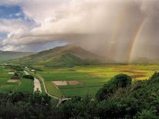 valley kauai hawaii hanalei