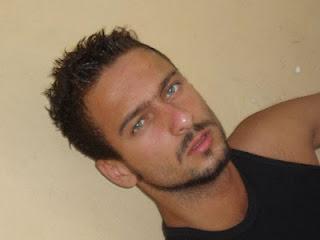 De Los Chicos Y Hombres Bonitos Leonardo Franco Tiene Algo En Um
