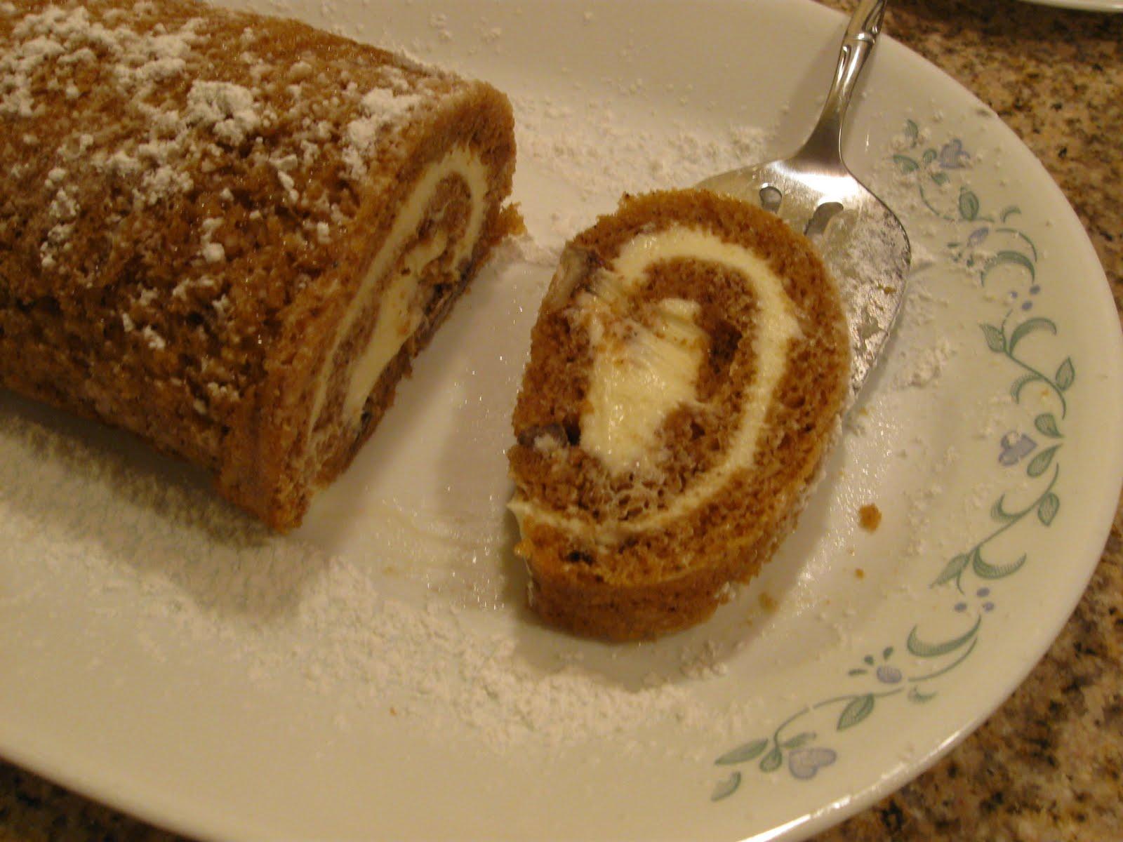 Cattapan's Cookies & Cakes: Pumpkin Cake Roll