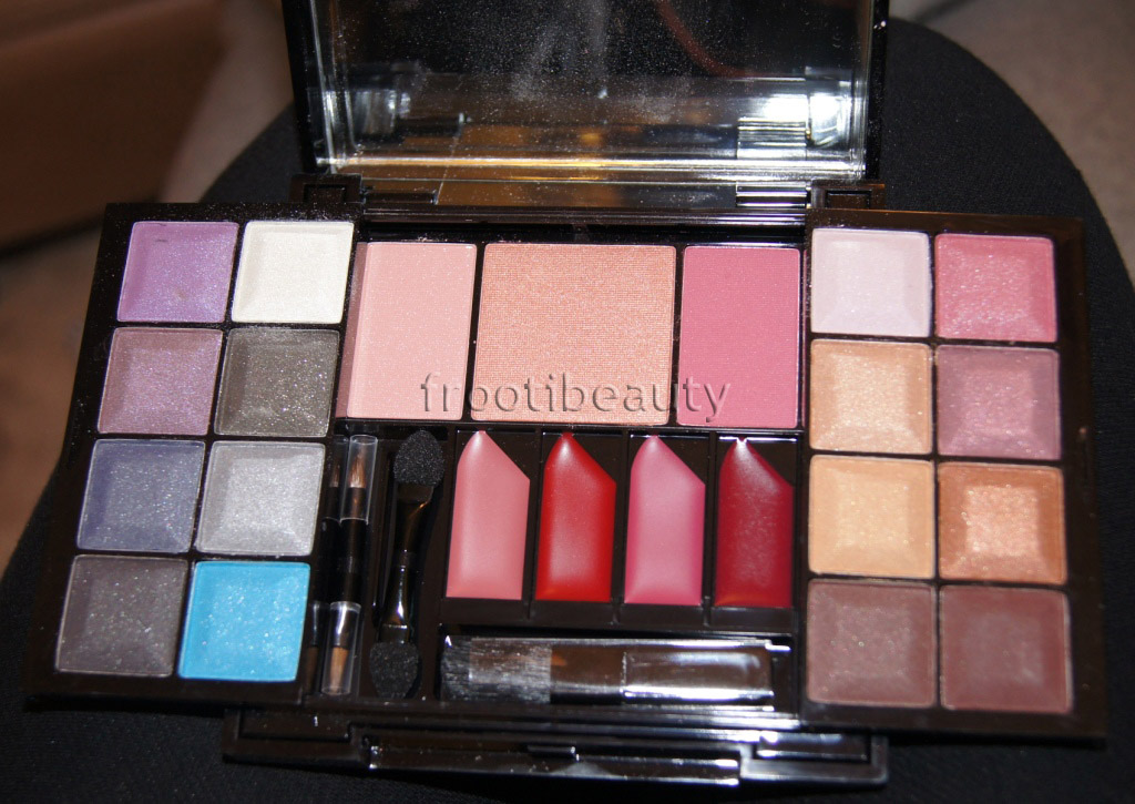 nyx makeup looks. NYX Makeup Box - peach-pink