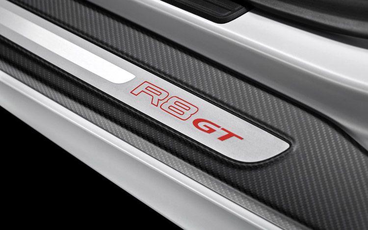 Audi R8 Gt 2011. 2011 Audi R8 GT Door Sill