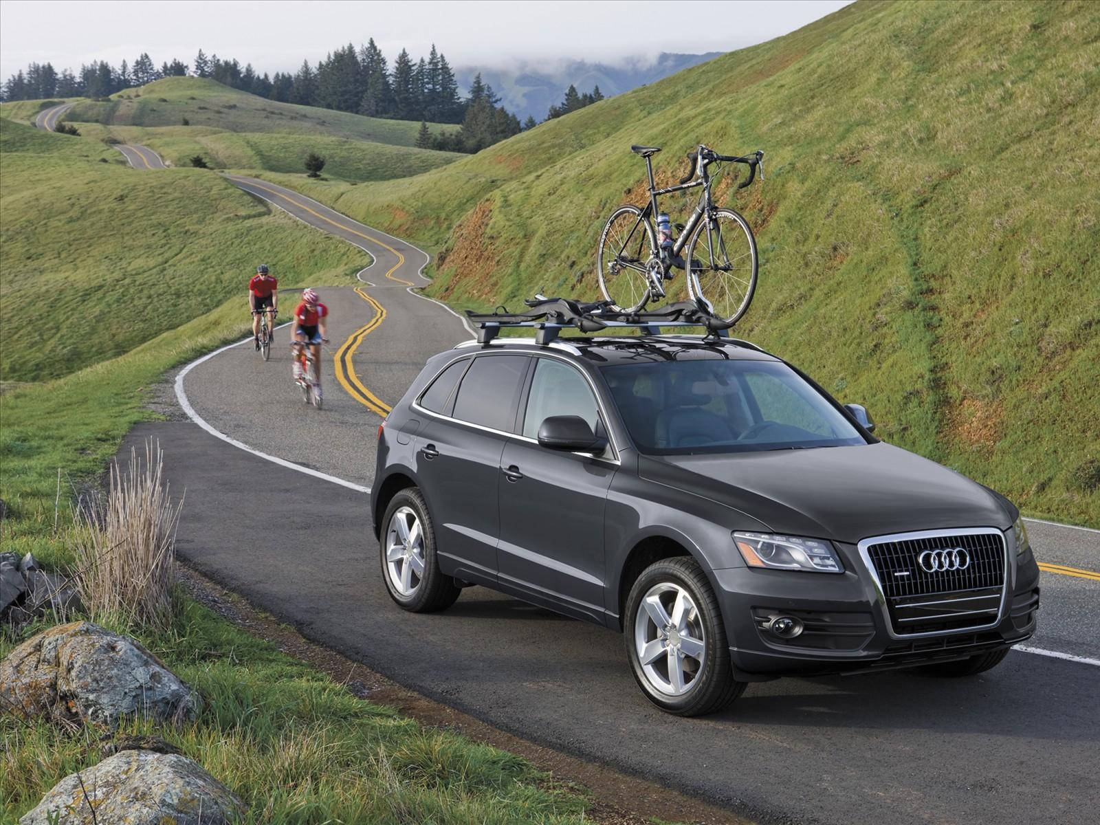 http://4.bp.blogspot.com/_J3_liDBfbvs/S-WQfL1Mf9I/AAAAAAAAqsQ/8O9dwCx15HI/s1600/2010-Audi-Q5-Touring-Cars.jpg