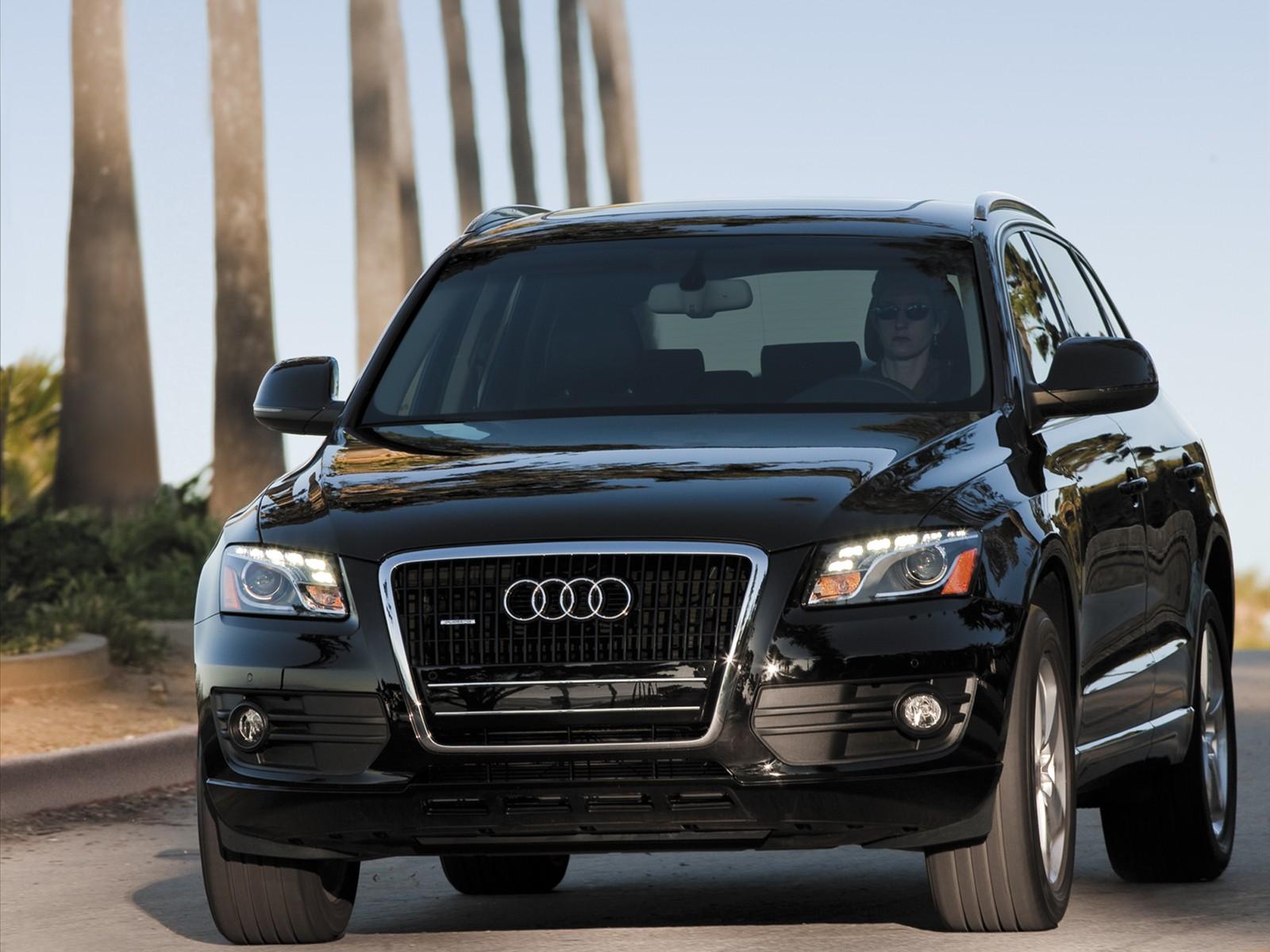 http://4.bp.blogspot.com/_J3_liDBfbvs/S-WQrVC30JI/AAAAAAAAqsY/3FApdhsp2Jc/s1600/2010-Audi-Q5-Front-View.jpg
