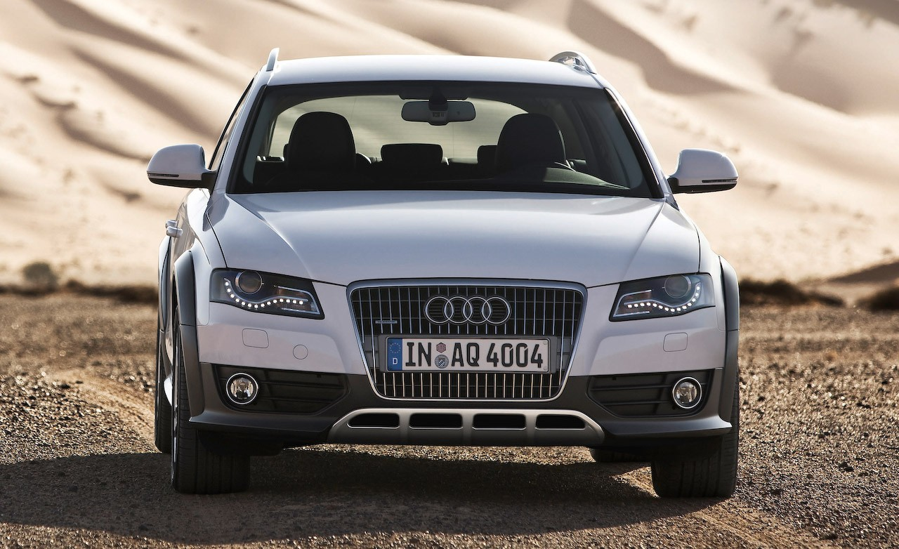 2010 Audi A4 allroad quattro photo - 1