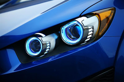 2010 Chevrolet Aveo RS Headlight View