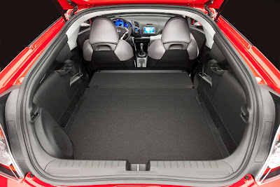 2011 Honda CR-Z Sport Hybrid Coupe Trunk