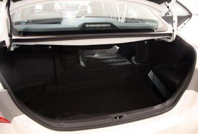 2010 Toyota Hybrid Camry Trunk