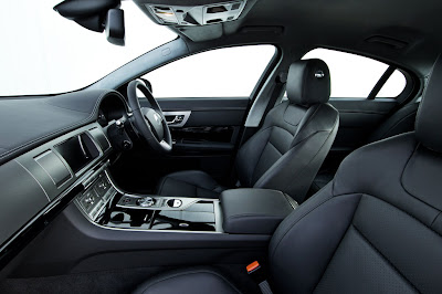 2011 Jaguar XF S Interior