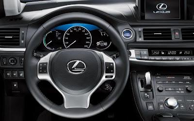 2011 Lexus CT 200h Steering Wheel View