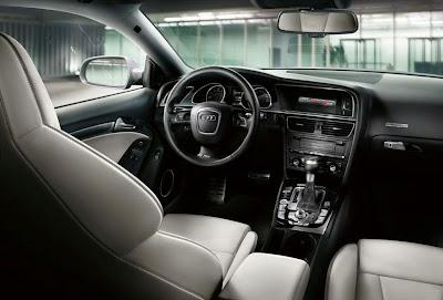 2011 Audi RS 5 Interior