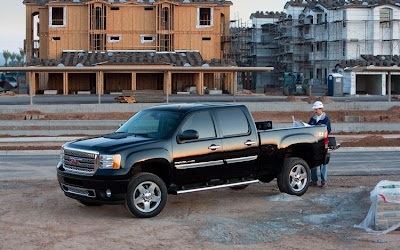 2011 GMC Sierra Denali Heavy Duty Side Angle View