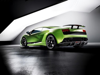 2011 Lamborghini Gallardo LP 570-4 Superleggera Super Car