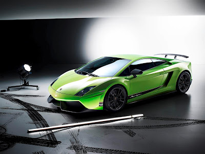 2011 Lamborghini Gallardo LP 570-4 Superleggera Car Picture