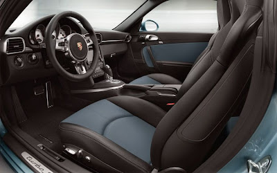 2010 Porsche 911 Turbo S Interior