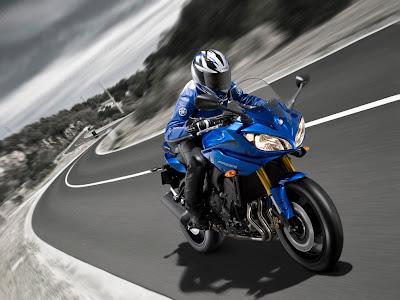 2010 Yamaha Fazer8 ABS Test Ride