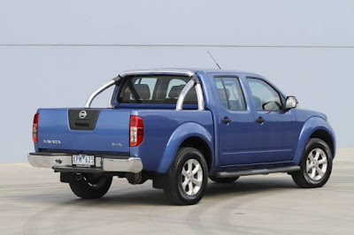 2010 Nissan Navara ST-X Rear View