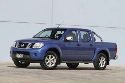 2010 Nissan Navara ST-X First Look