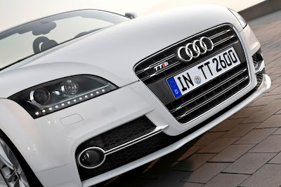 2011 Audi TT Headlight