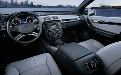 2011 Mercedes-Benz R-Class Interior View
