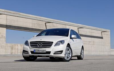 Mercedes-Benz R-Class مرسيدس العائلة