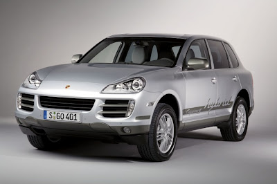 2011 Porsche Cayenne S Hybrid First Look
