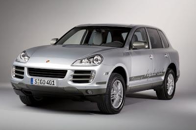 2011 Porsche Cayenne S Hybrid First Look