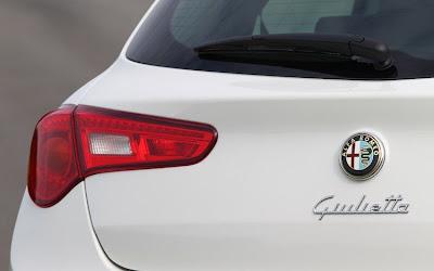 2011 Alfa Romeo Giulietta Rear Light