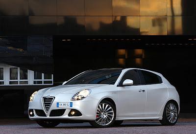2011 Alfa Romeo Giulietta Sporty Car