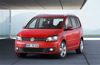 2011 Volkswagen Touran First Look