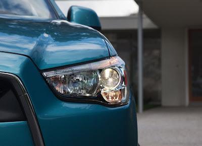 2011 Mitsubishi Outlander Sport Headlights