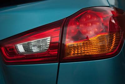 2011 Mitsubishi Outlander Sport Taillight