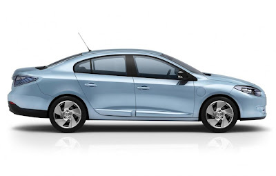 2011 Renault Fluence ZE Side View