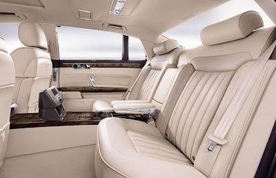 2011 Volkswagen Phaeton Rear Seats
