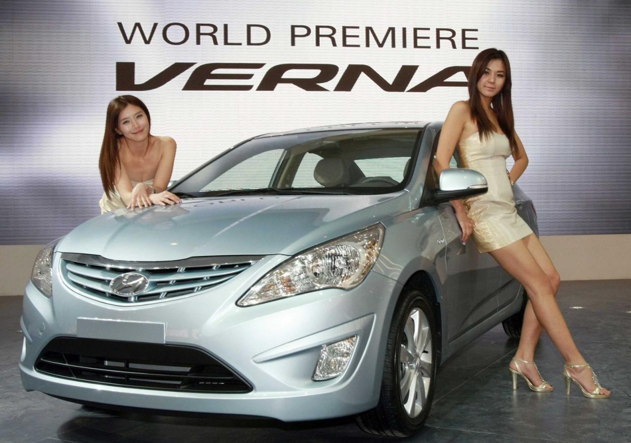 http://4.bp.blogspot.com/_J3_liDBfbvs/S9ZkdNv_jCI/AAAAAAAApEI/Ig5vF2N4EBU/s1600/2011-Hyundai-Verna-Accent-Car-Wallpaper.jpg