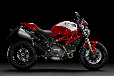 2011 Ducati Monster 796 Red White