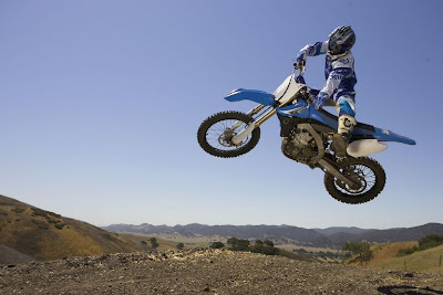 2010 Yamaha YZ450F Action