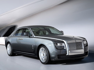 2011 Rolls-Royce Ghost Wallpaper