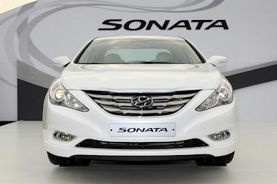 2011 Hyundai Sonata Front View