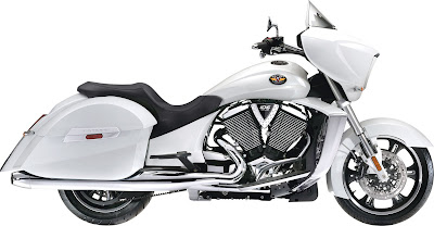 2010 Victory Cross Country White Edition