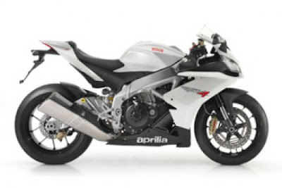 2010 Aprilia RSV4 R Motorcycle Wallpaper