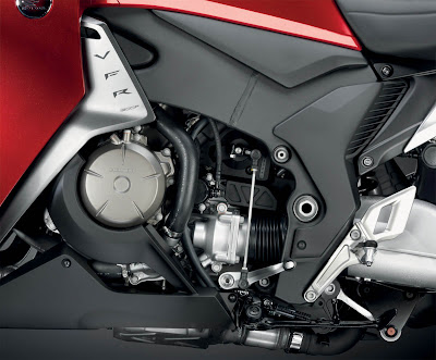 2011 Honda VFR1200F Engine