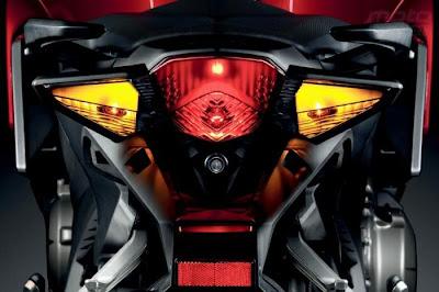 2010 Honda VFR1200F Taillight