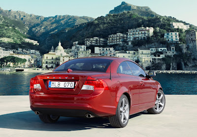 2010 Volvo C70 Rear Angle View