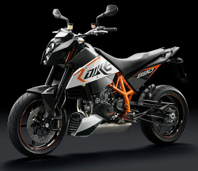 2010 KTM 690 Duke R Top Picture