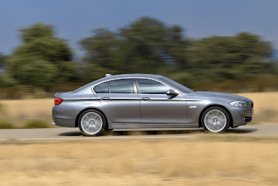 2011 BMW 5-Series Side View