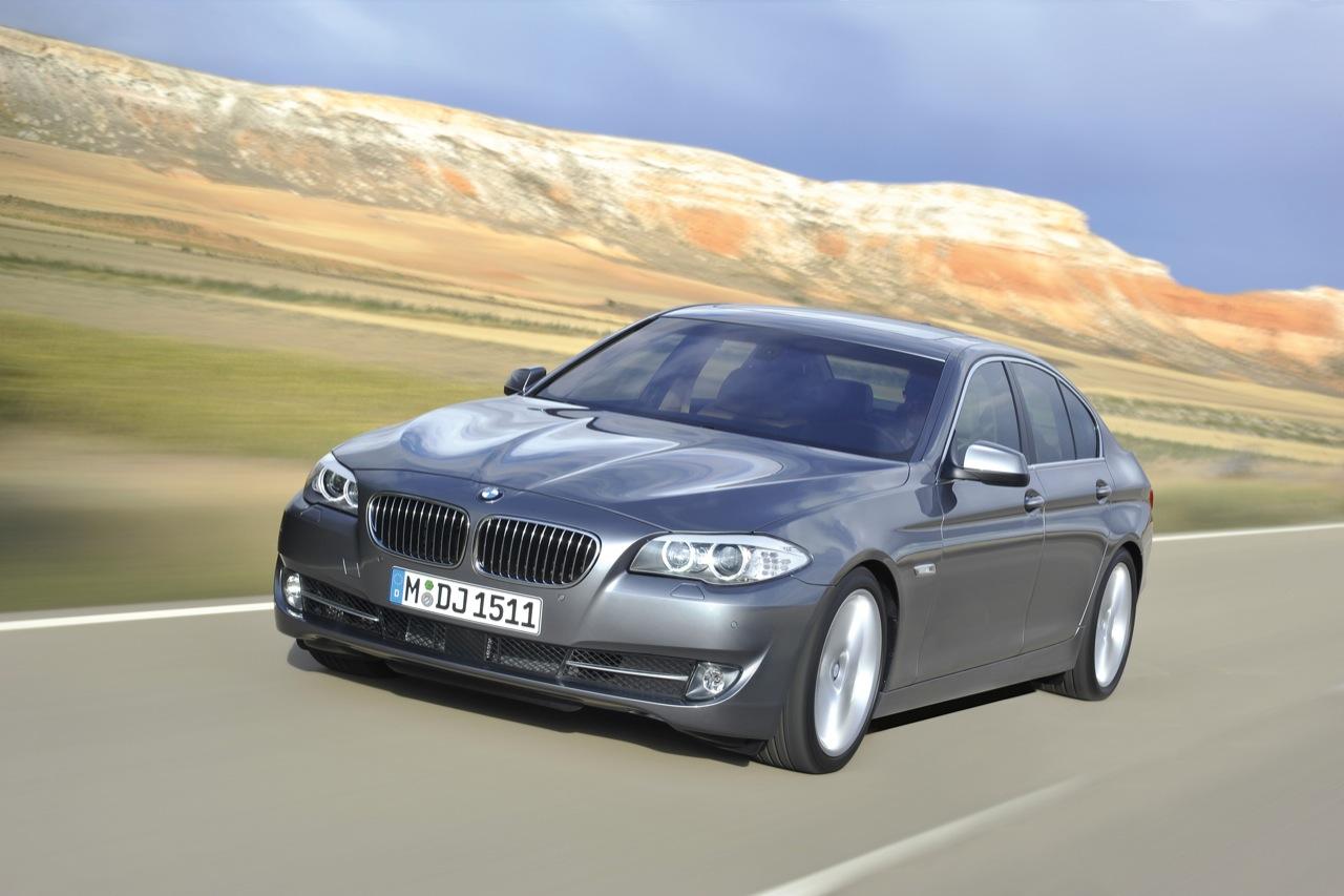 http://4.bp.blogspot.com/_J3_liDBfbvs/Sw1Cn4E5m3I/AAAAAAAAQsg/X8LmXqm3z9E/s1600/2011-BMW-5-Series-Wallpaper.jpg
