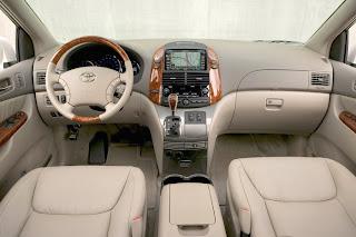 http://4.bp.blogspot.com/_J3_liDBfbvs/SwU0adtrAFI/AAAAAAAAP40/0V8GToe6abc/s1600/2011-Toyota-Sienna-Interior.jpg