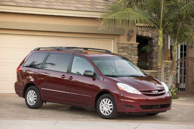 2011 Toyota Sienna Picture