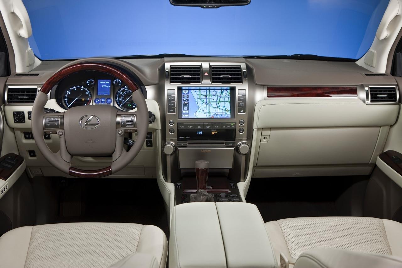http://4.bp.blogspot.com/_J3_liDBfbvs/Swqawq0lB_I/AAAAAAAAQfQ/0zwK7mfL5xk/s1600/2010-Lexus-GX460-Interior.jpg