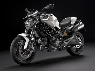 2010 Ducati Monster 696 Image